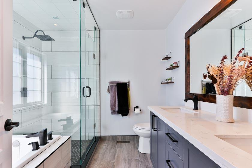 drains shower sink toilet
